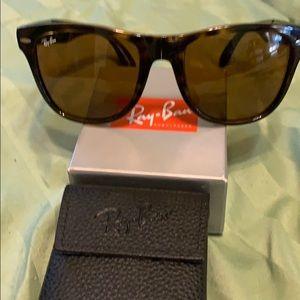 Ray-Ban 4105 Foldable Wayfarer Sun Glasses